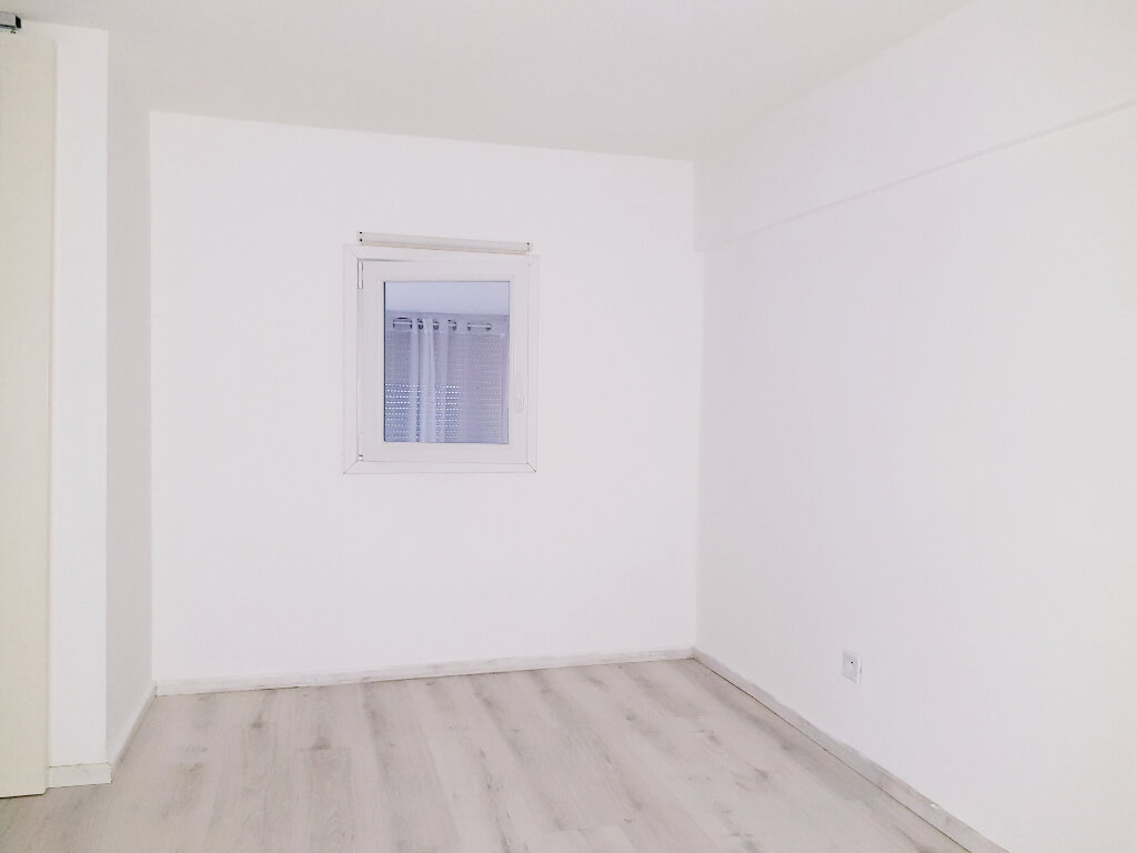 Appartement à vendre 2 42.36m2 à Grasse vignette-9