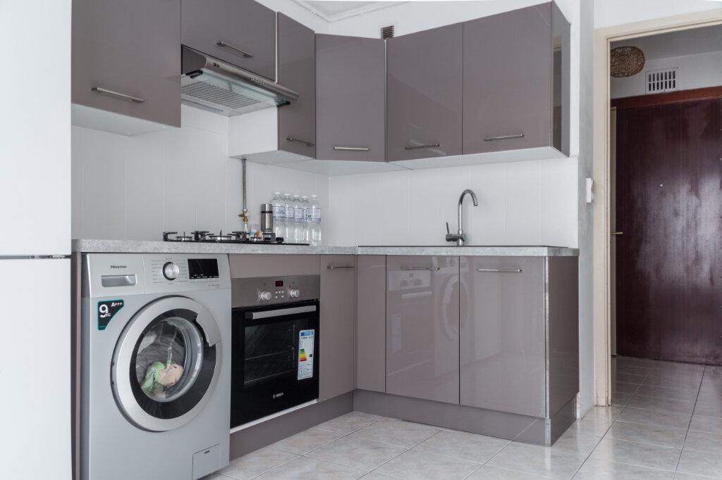 Appartement à vendre 2 43.64m2 à Antibes vignette-3
