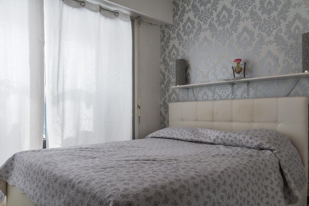 Appartement à vendre 2 43.64m2 à Antibes vignette-5
