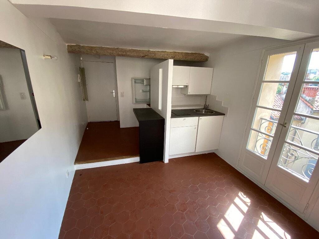 Appartement à louer 2 27.55m2 à Grasse vignette-9