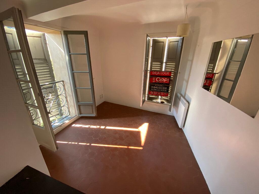 Appartement à louer 2 27.55m2 à Grasse vignette-11