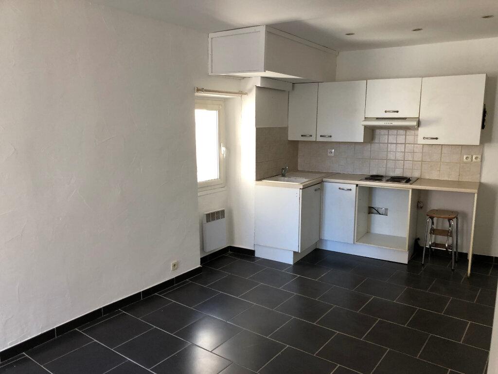 Appartement à louer 2 30.75m2 à Antibes vignette-5