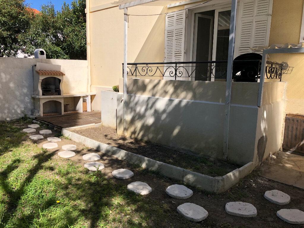 Appartement à louer 2 44.95m2 à Juan-les-Pins - Antibes vignette-3