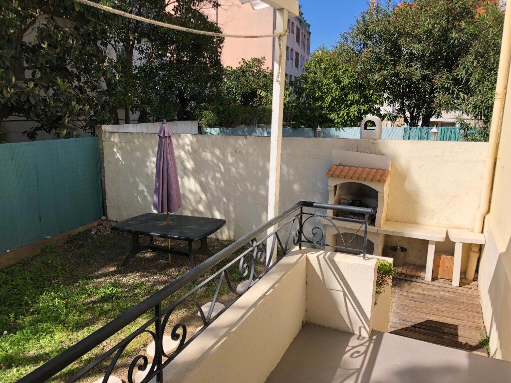 Appartement à louer 2 44.95m2 à Juan-les-Pins - Antibes vignette-5