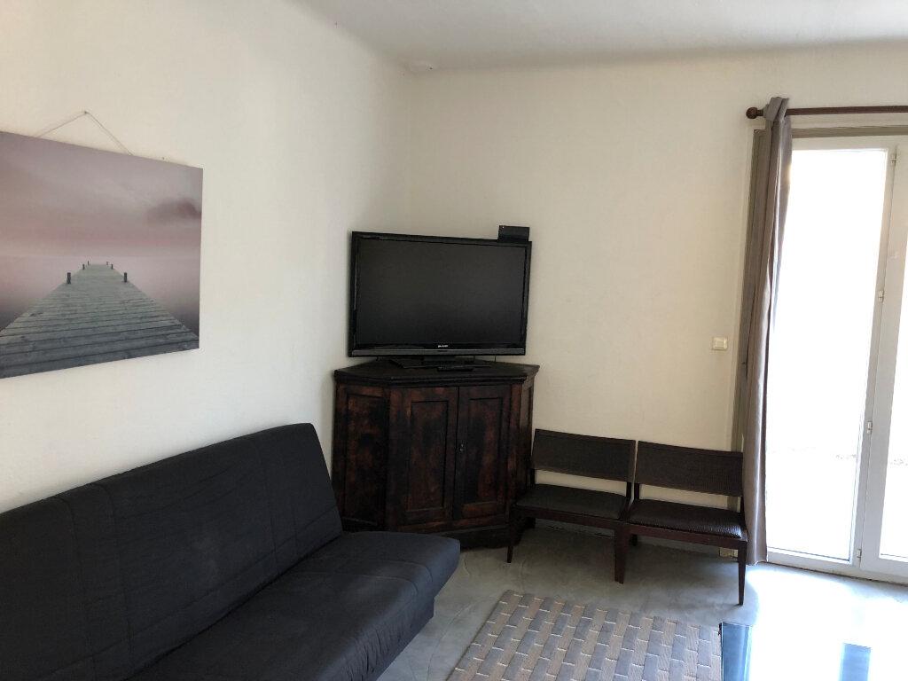 Appartement à louer 2 44.95m2 à Juan-les-Pins - Antibes vignette-10