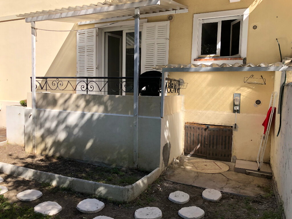 Appartement à louer 2 44.95m2 à Juan-les-Pins - Antibes vignette-11