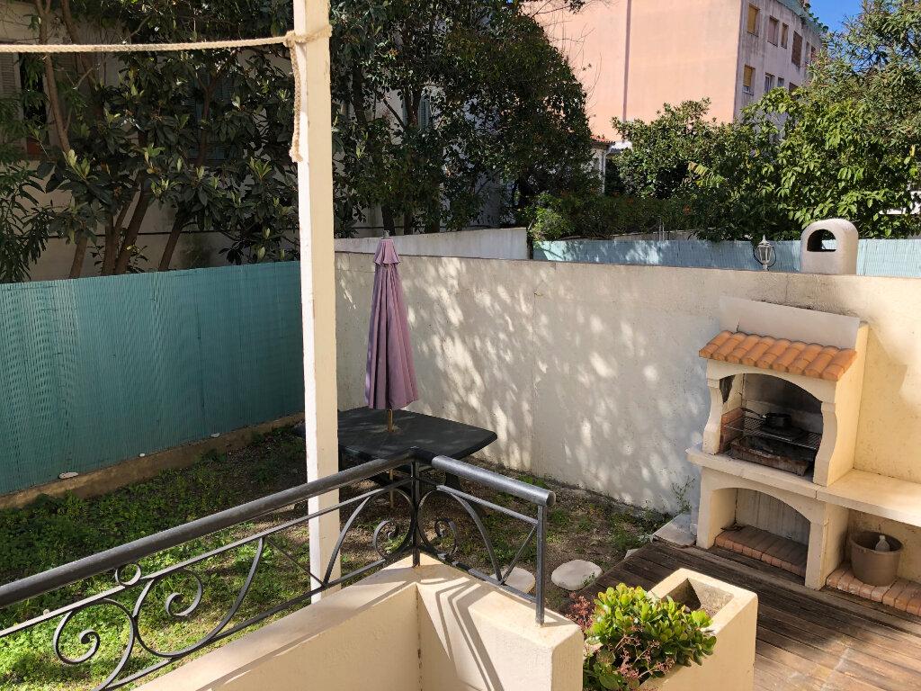 Appartement à louer 2 44.95m2 à Juan-les-Pins - Antibes vignette-13