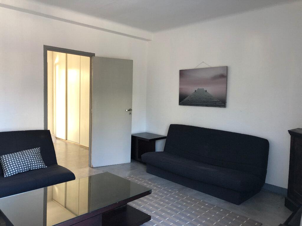 Appartement à louer 2 44.95m2 à Juan-les-Pins - Antibes vignette-18
