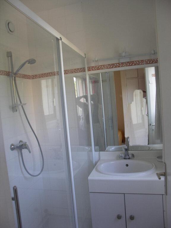 Appartement à louer 3 84m2 à Antibes vignette-13