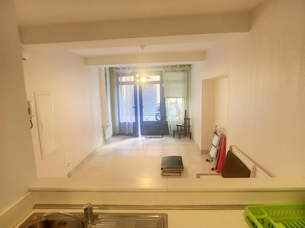 Appartement à vendre 2 33.87m2 à Antibes vignette-2