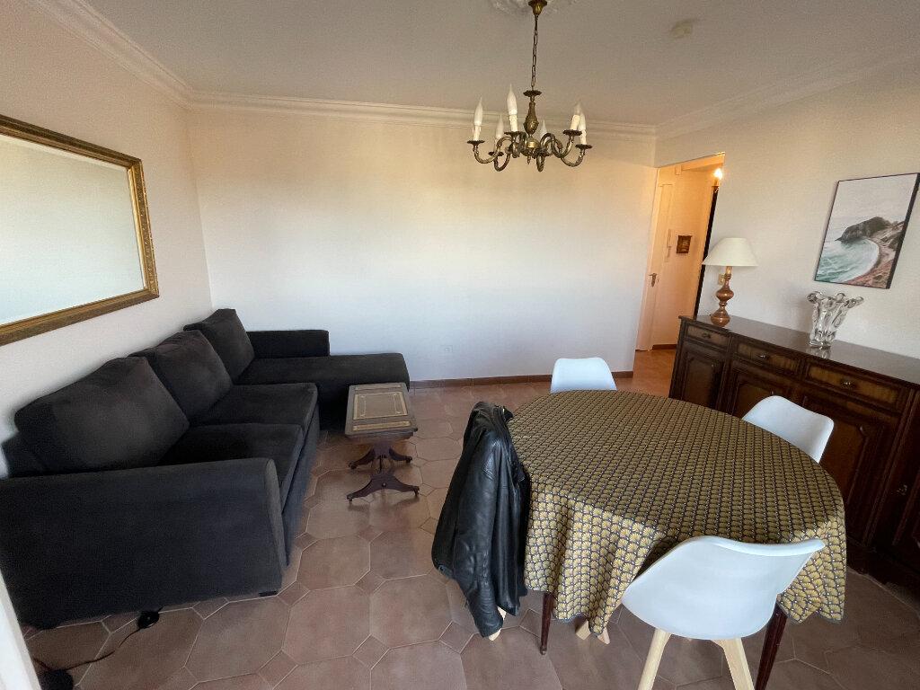 Appartement à louer 3 65m2 à Antibes vignette-14