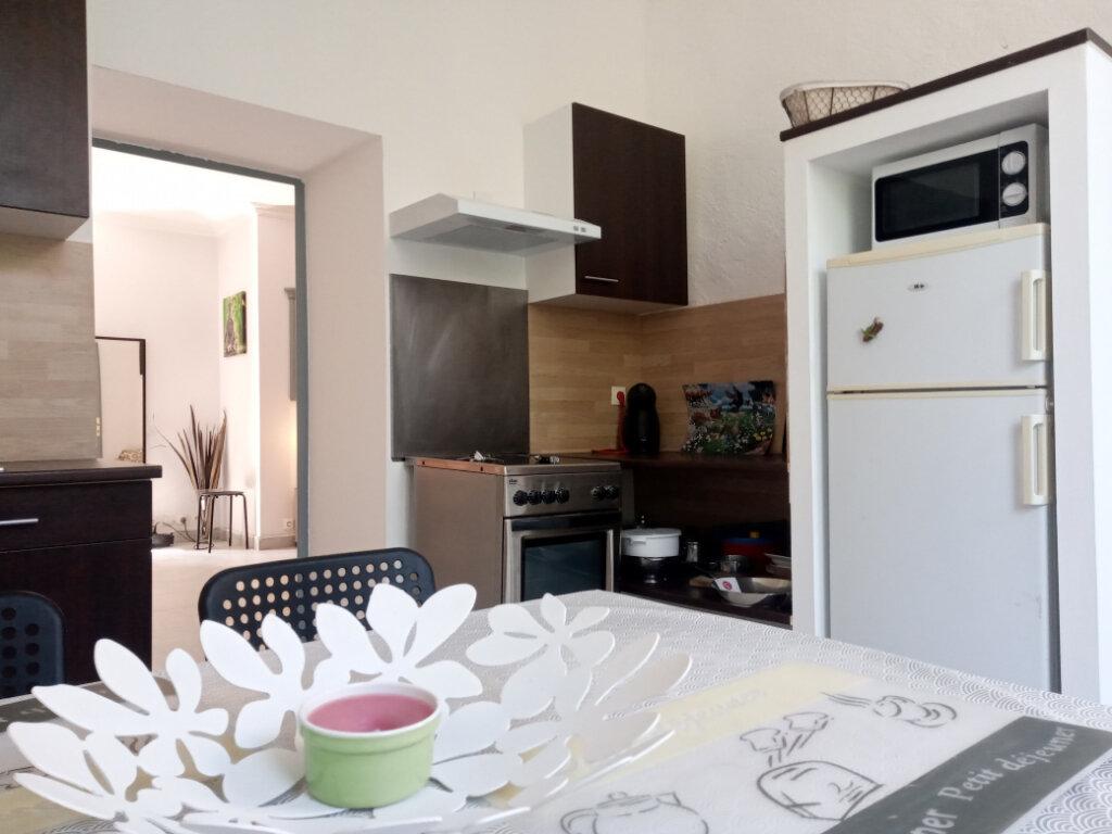 Appartement à louer 2 38m2 à Cannes vignette-4