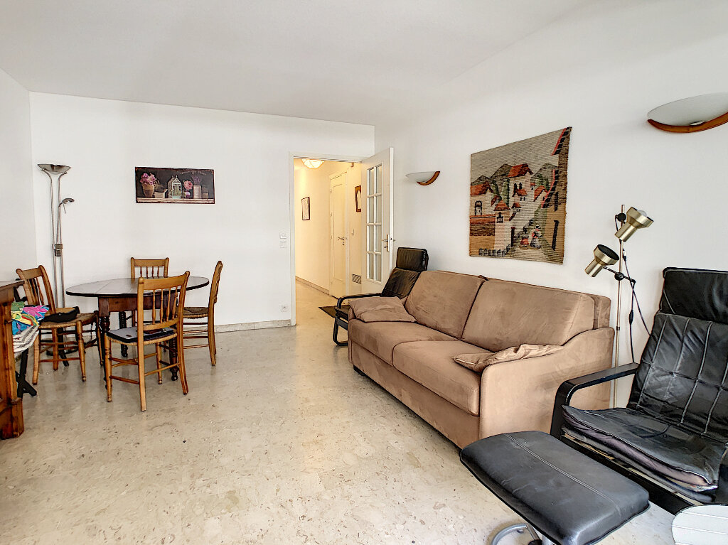 Appartement à vendre 2 48m2 à Antibes vignette-2