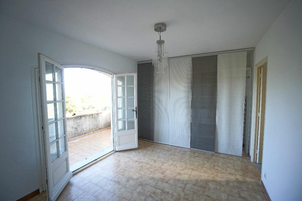 Maison à louer 4 124.69m2 à Biot vignette-10