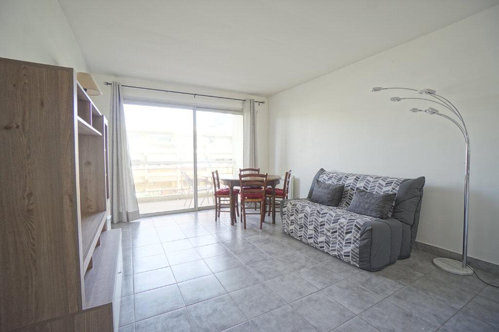Appartement à louer 2 37.05m2 à Le Cannet vignette-5