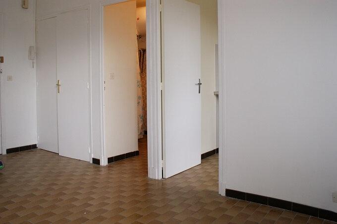 Appartement à louer 1 28m2 à Fleurance vignette-6