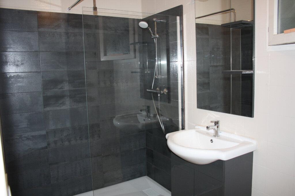 Maison à vendre 8 240m2 à Appoigny vignette-5