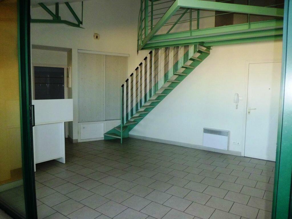 Appartement à louer 2 50.68m2 à Pamiers vignette-2