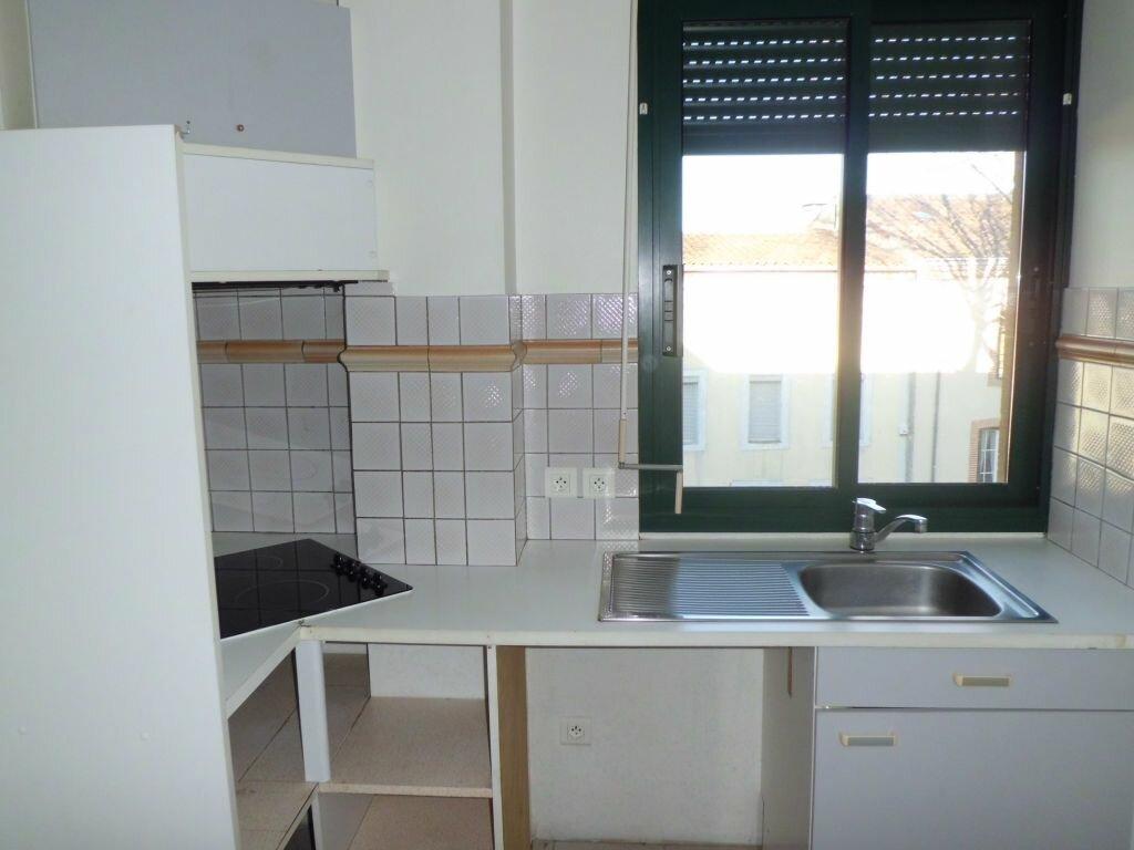 Appartement à louer 2 50.68m2 à Pamiers vignette-3