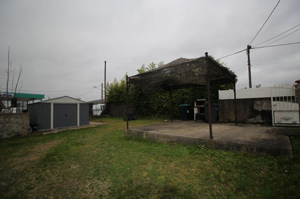 Maison à vendre 5 186.64m2 à Saint-Jean-de-Verges vignette-3