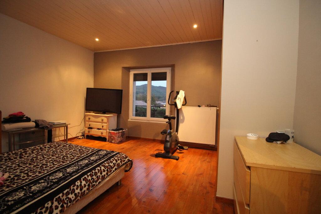 Maison à vendre 5 186.64m2 à Saint-Jean-de-Verges vignette-6