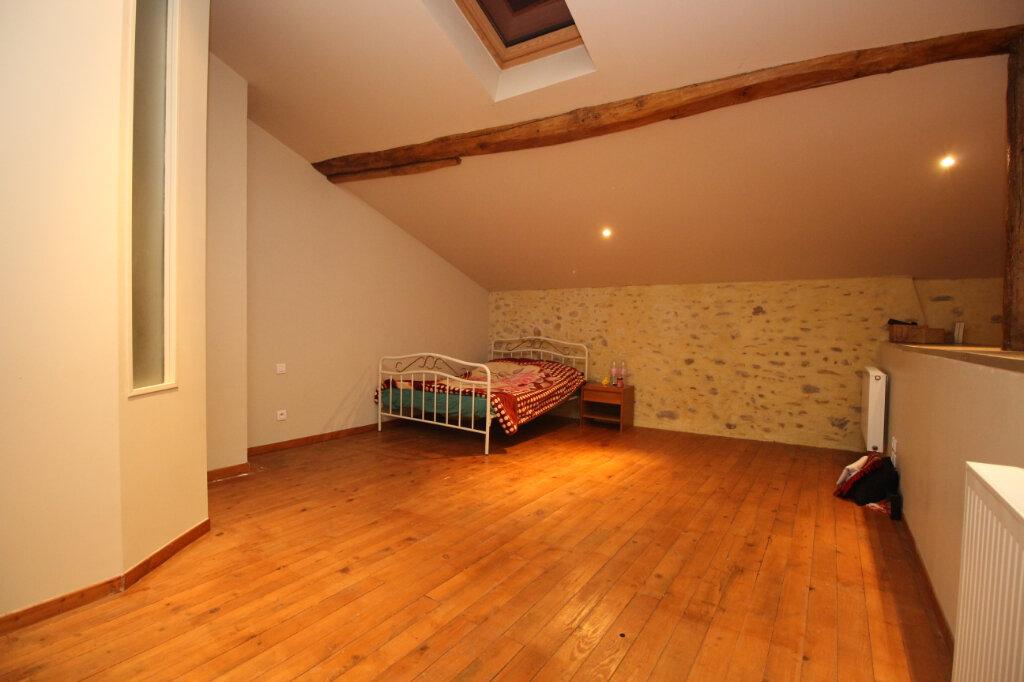 Maison à vendre 5 186.64m2 à Saint-Jean-de-Verges vignette-8