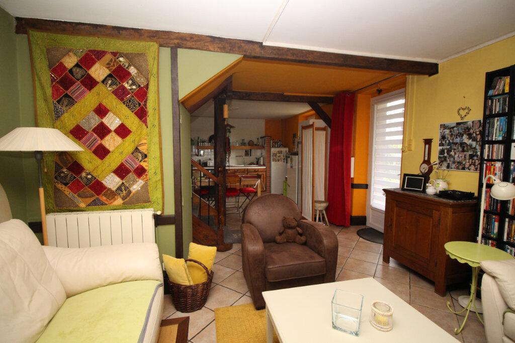Maison à vendre 10 265.15m2 à Saint-Jean-de-Verges vignette-9