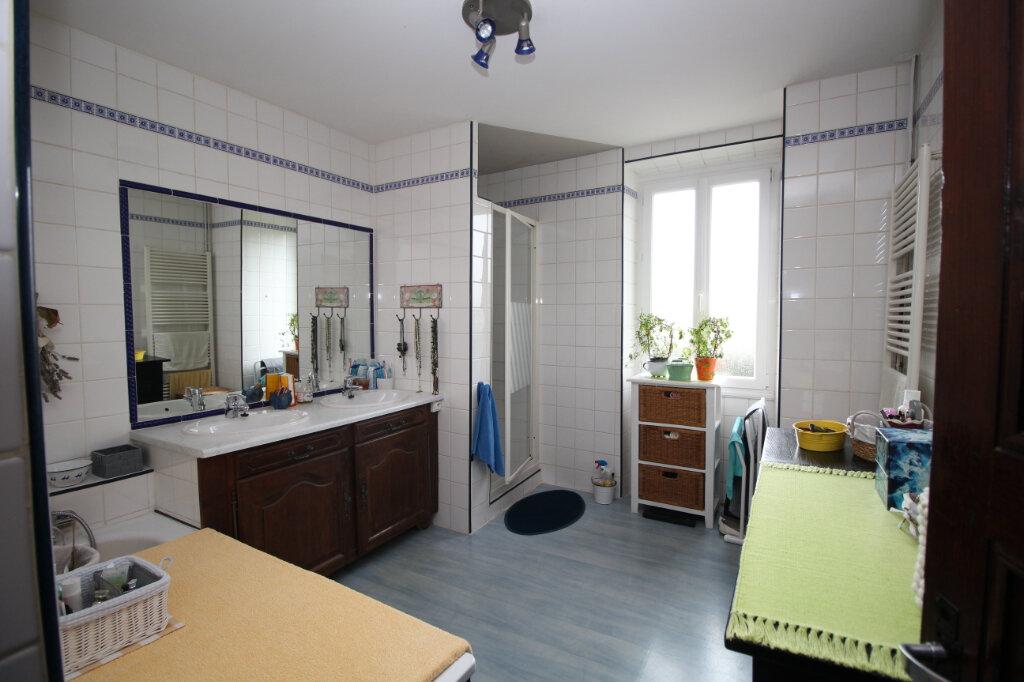 Maison à vendre 10 265.15m2 à Saint-Jean-de-Verges vignette-10