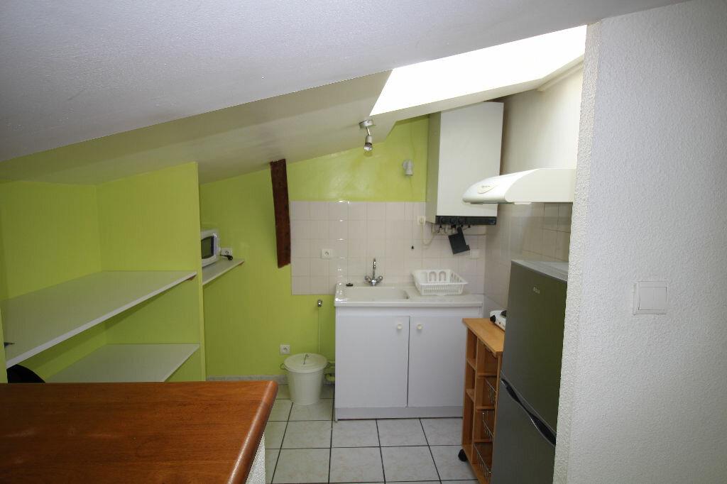 Appartement à louer 2 27.95m2 à Pamiers vignette-1