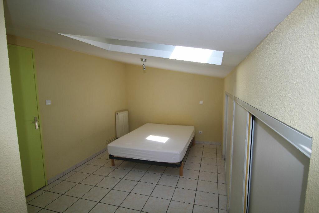 Appartement à louer 2 27.95m2 à Pamiers vignette-5