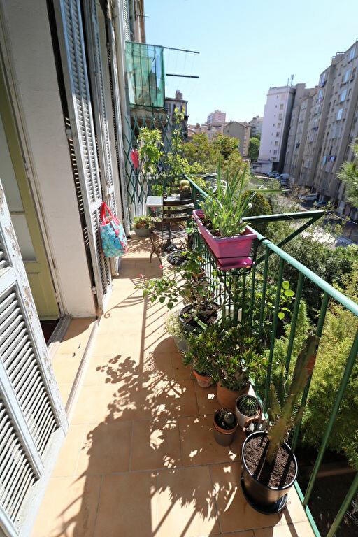 Appartement à louer 4 65.46m2 à Marseille 5 vignette-3
