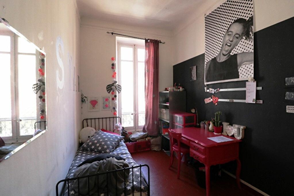Appartement à louer 4 65.46m2 à Marseille 5 vignette-6