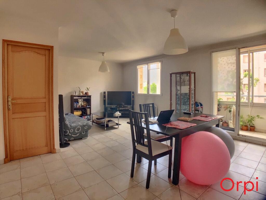Appartement à vendre 4 63.23m2 à Marseille 9 vignette-1