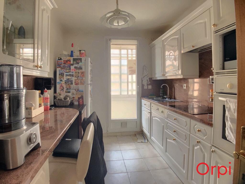 Appartement à vendre 4 63.23m2 à Marseille 9 vignette-3