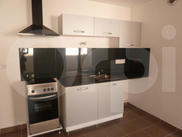 Appartement à louer 1 30.26m2 à Marseille 8 vignette-3
