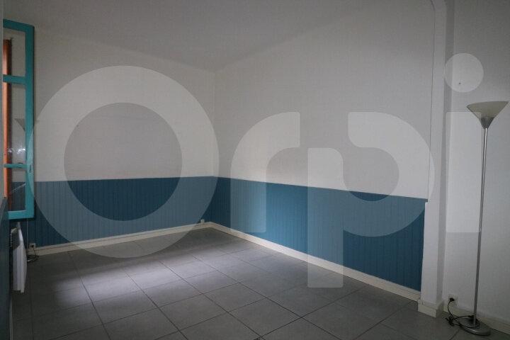 Appartement à louer 2 39m2 à Marseille 10 vignette-2