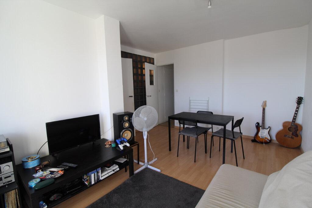 Appartement à vendre 3 45m2 à Marseille 9 vignette-3