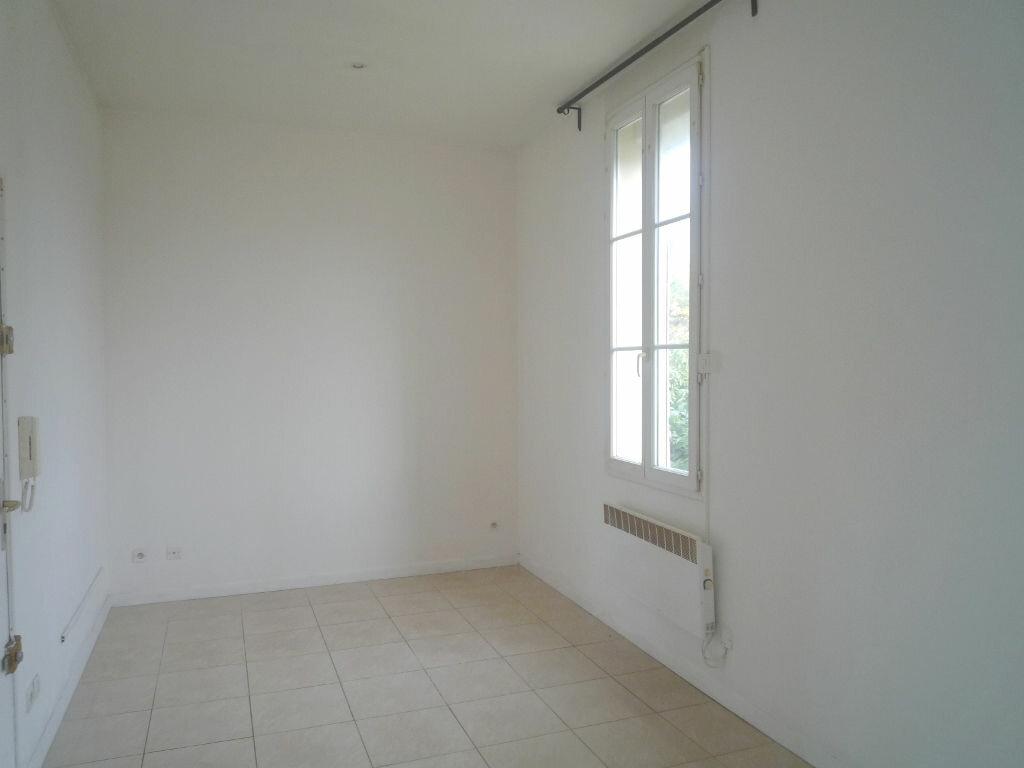 Appartement à louer 2 25m2 à Marseille 8 vignette-5