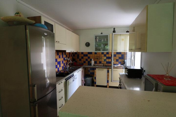 Appartement à louer 2 50.35m2 à Marseille 9 vignette-3