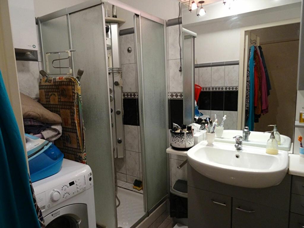 Appartement à louer 2 50.35m2 à Marseille 9 vignette-9