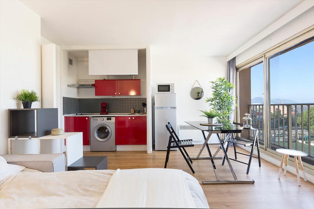 Appartement à louer 1 24.73m2 à Marseille 10 vignette-1