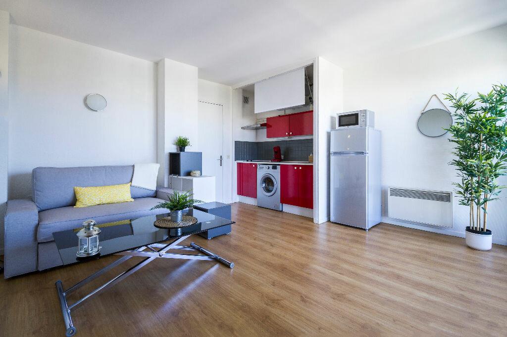 Appartement à louer 1 24.73m2 à Marseille 10 vignette-3