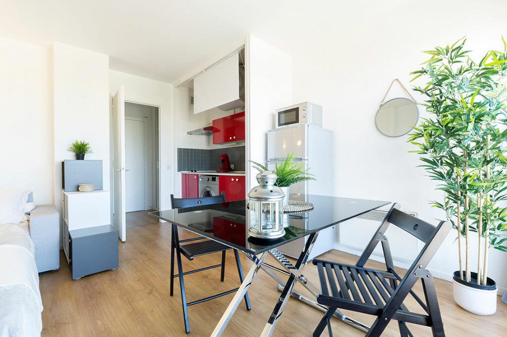 Appartement à louer 1 24.73m2 à Marseille 10 vignette-7
