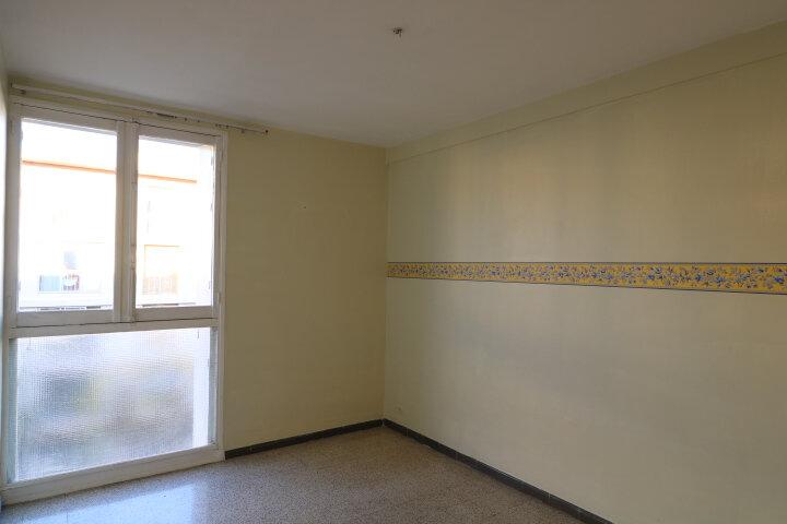 Appartement à louer 3 54.08m2 à Marseille 9 vignette-7