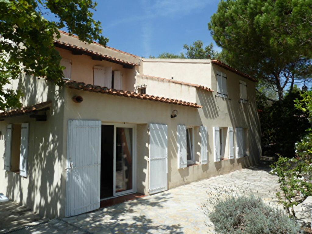 Maison à louer 7 178.12m2 à Marseille 8 vignette-2
