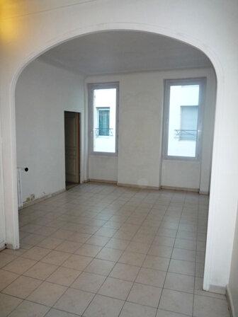 Appartement à louer 3 57.1m2 à Marseille 1 vignette-4