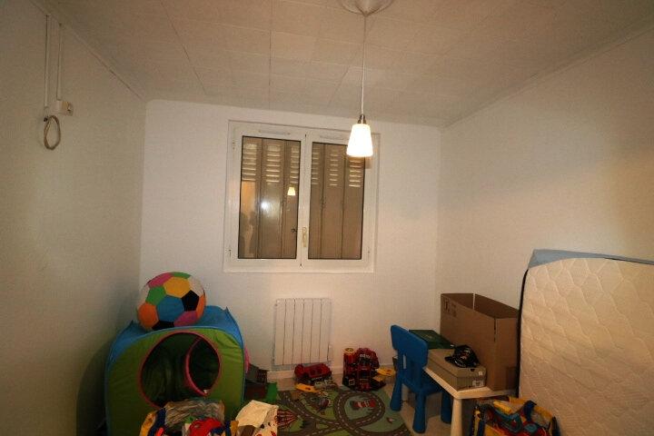 Appartement à louer 3 53m2 à Marseille 8 vignette-5