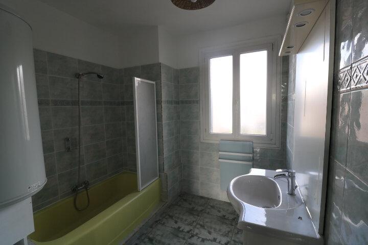 Appartement à louer 3 60.55m2 à Marseille 8 vignette-10