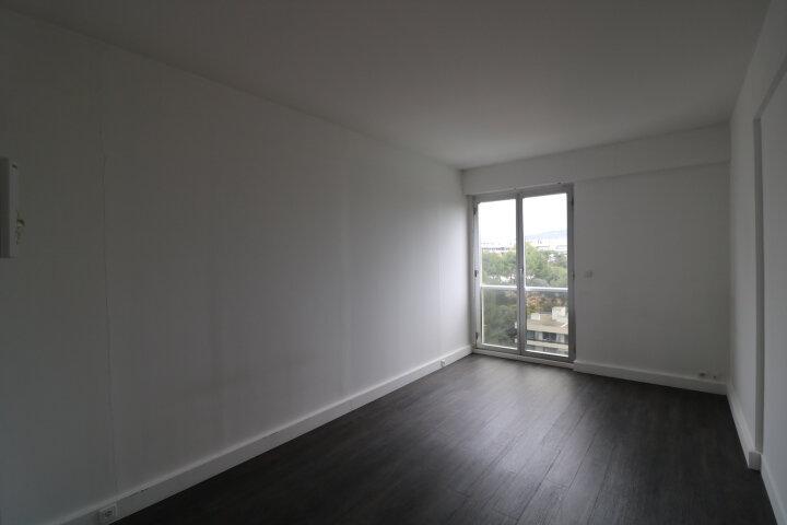 Appartement à louer 3 90m2 à Marseille 8 vignette-11