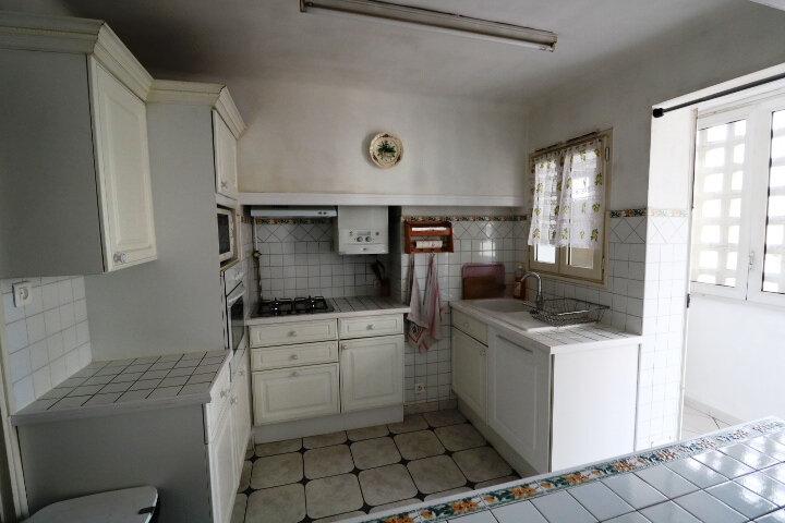 Appartement à louer 3 67.85m2 à Marseille 14 vignette-5